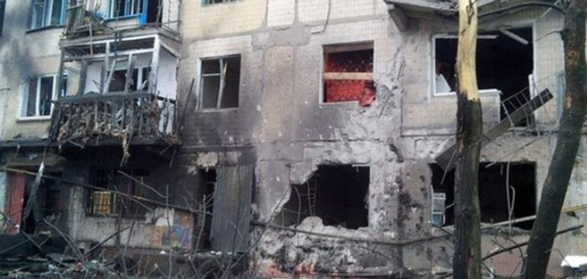 Горлівка пережила одну з найважчих ночей: місто в руїнах