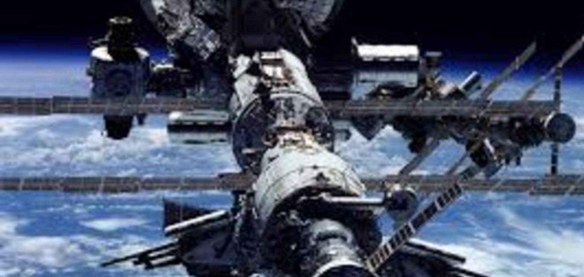 Космические скрепы: Россия доставила знамя Победы даже на МКС