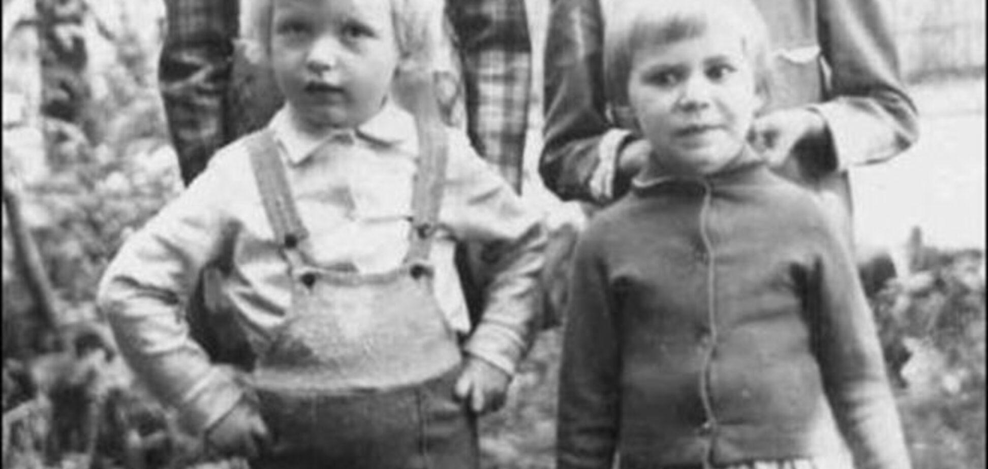 Лучшие детские фото украинских политиков: деловой Яценюк и серьезный мальчик Порошенко