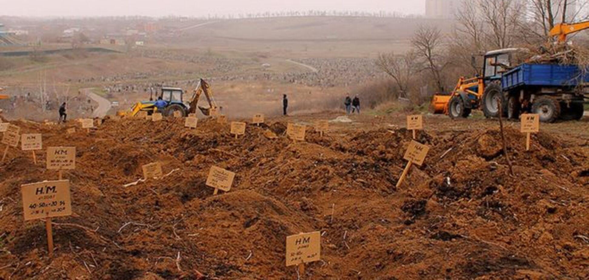 Журналісти побували на кладовищі найманців в Ростові: опубліковано фото