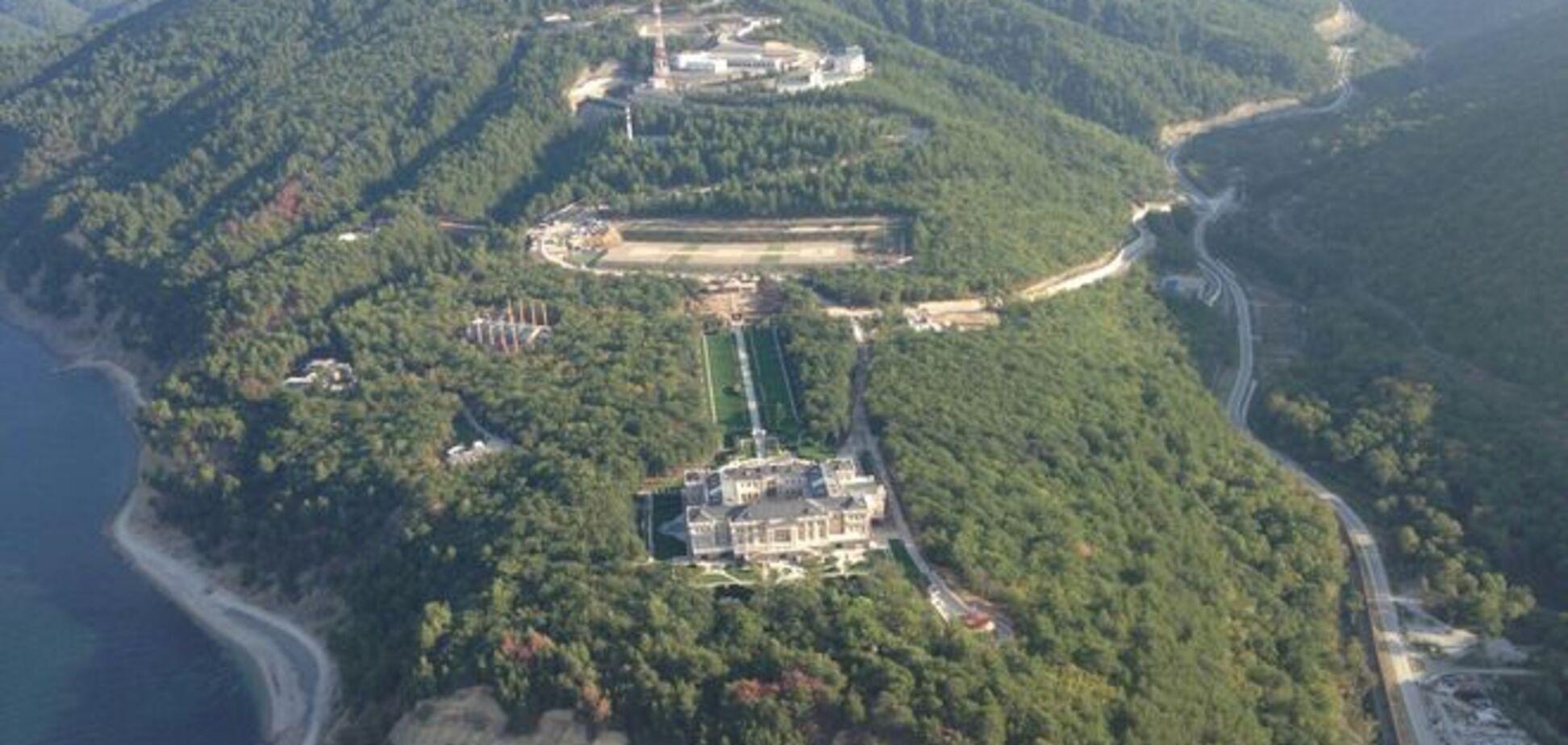 'Хонка' отдыхает. В сети появилось фото роскошного дворца Путина под Геленджиком