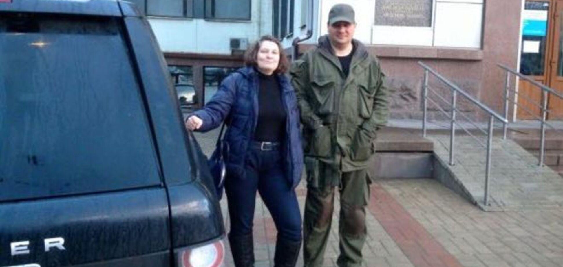 Монтян похвалилася фото з 'міністром' 'ДНР' та 'віджатою' у Клюєва машиною