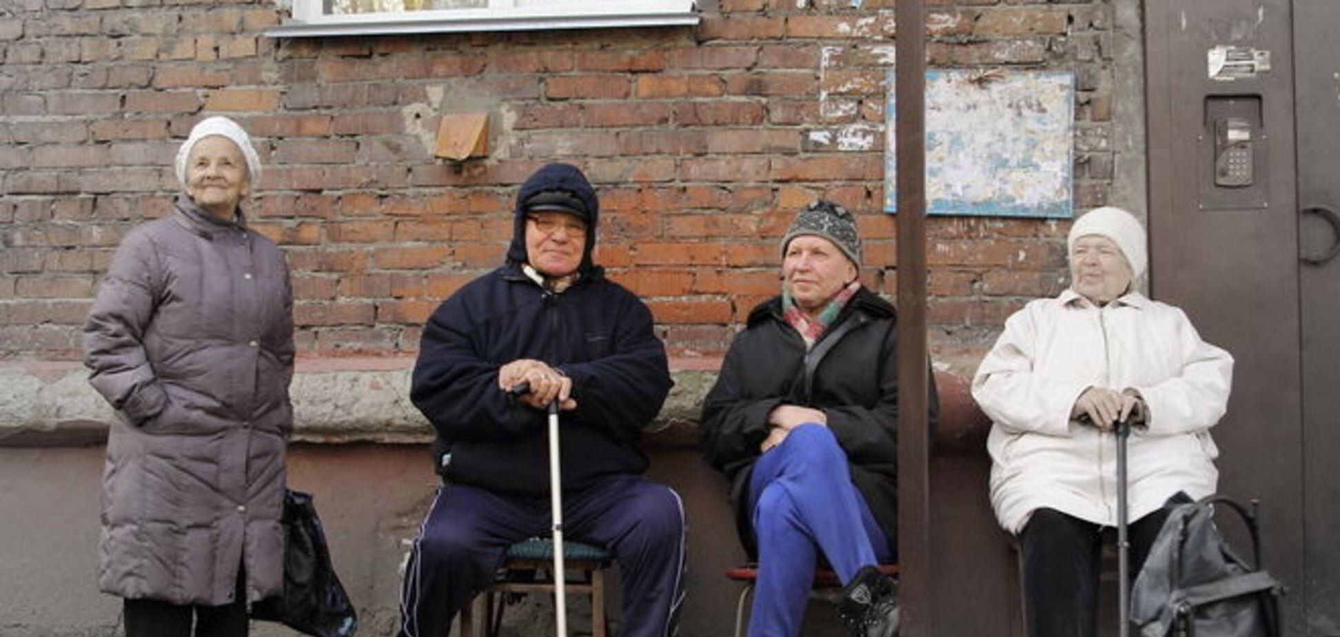 В Москве подросток выбросил с балкона кресло и убил пенсионера