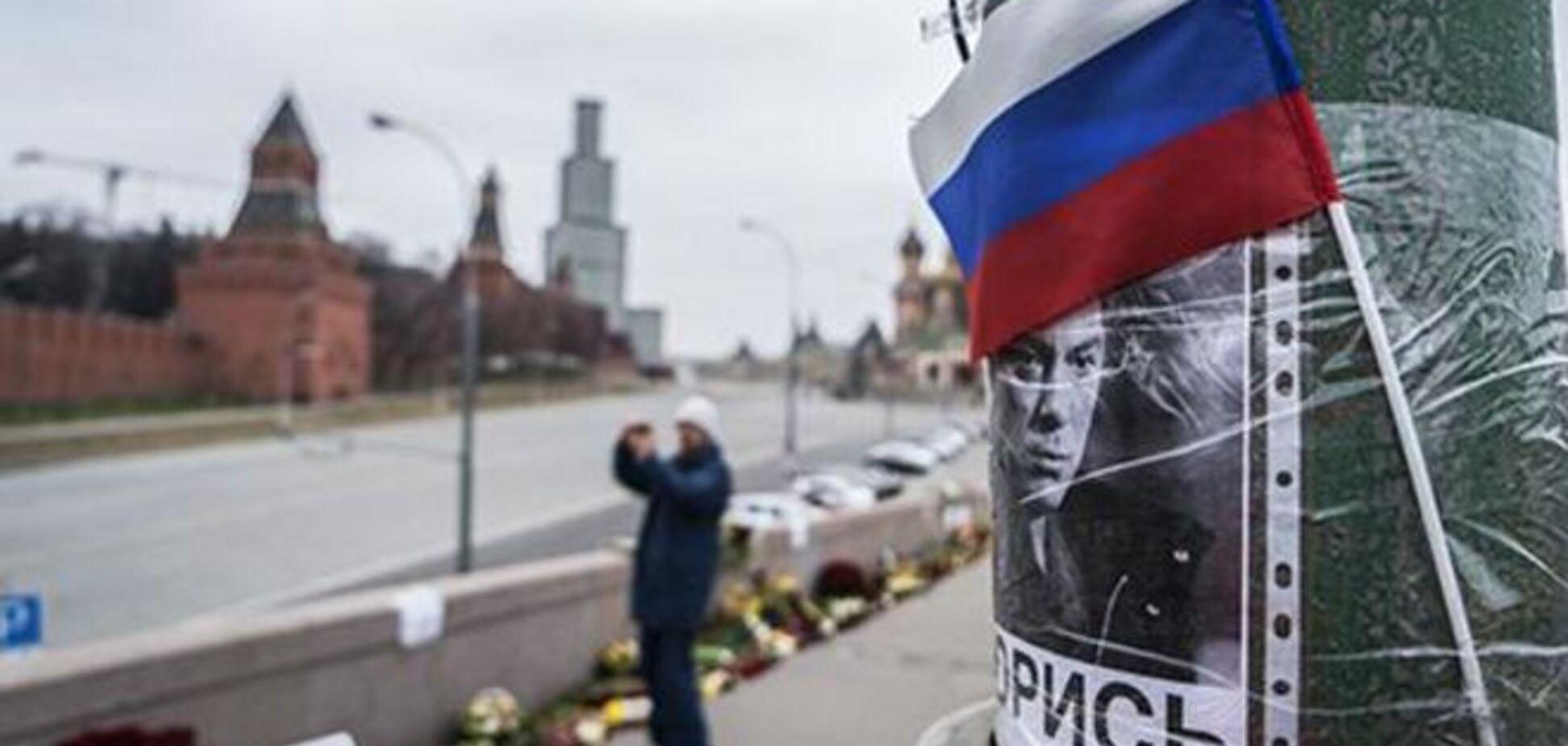 ЗМІ оприлюднили подробиці неопублікованої доповіді Нємцова