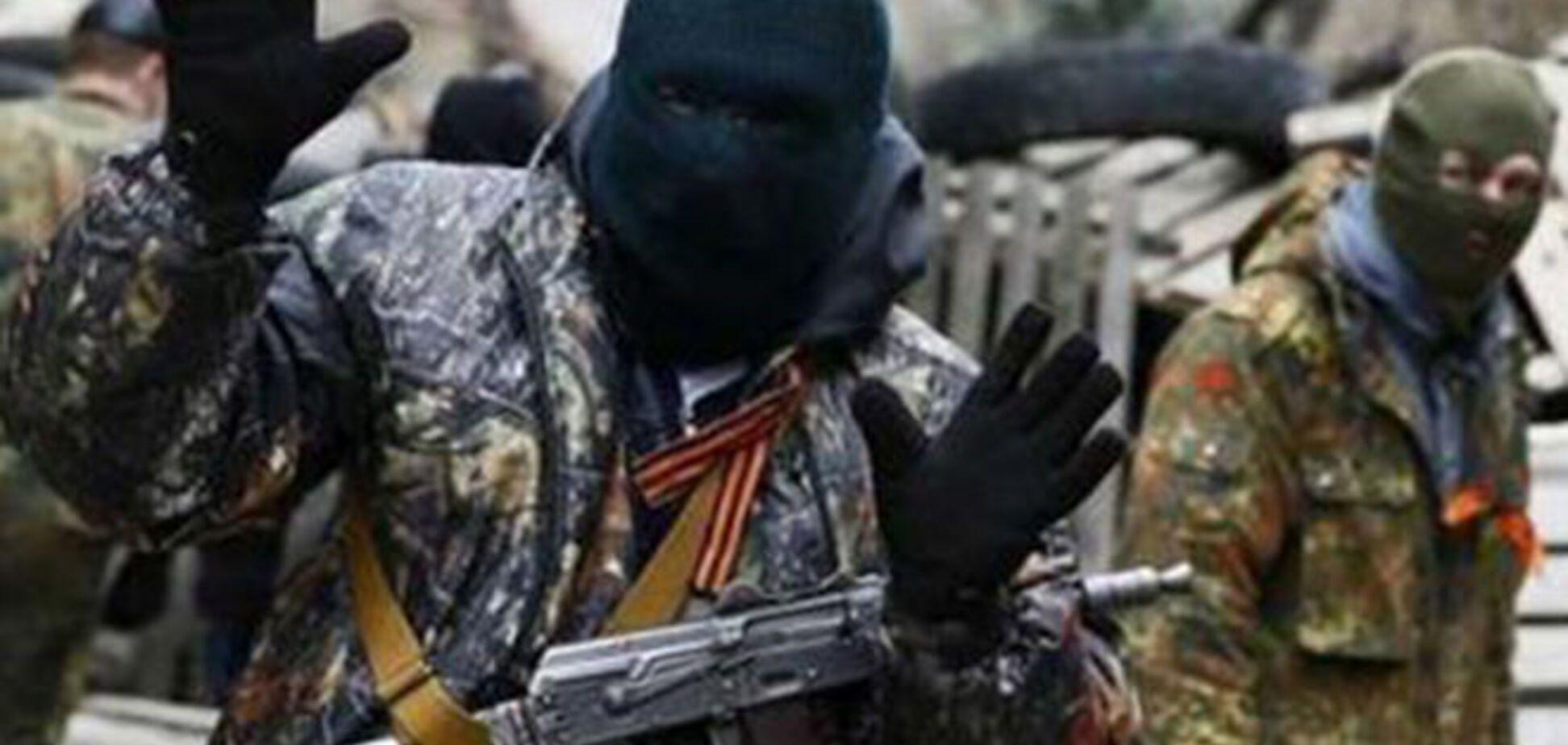 Хроніка 'російського миру': в Шахтарську втекли з 'Дня республіки', а в Горлівці зупинили п'яний 'похід на Київ'