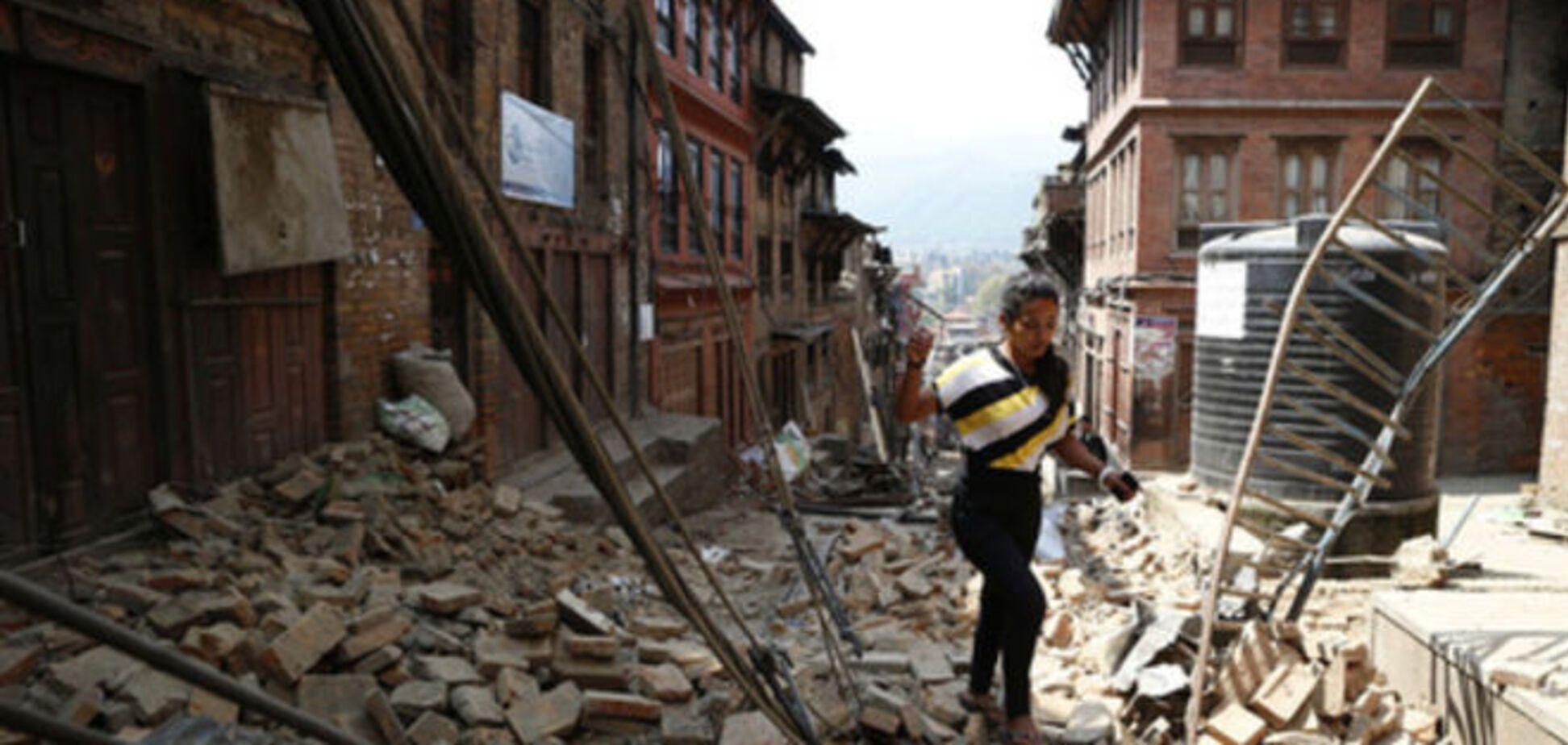 Новое землетрясение в Непале унесло жизни уже 65 человек