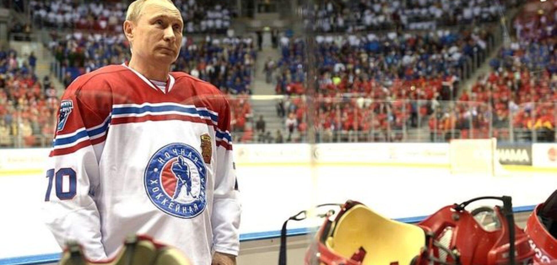 Амфоры на льду: в России высмеяли хоккейные 'подвиги' Путина