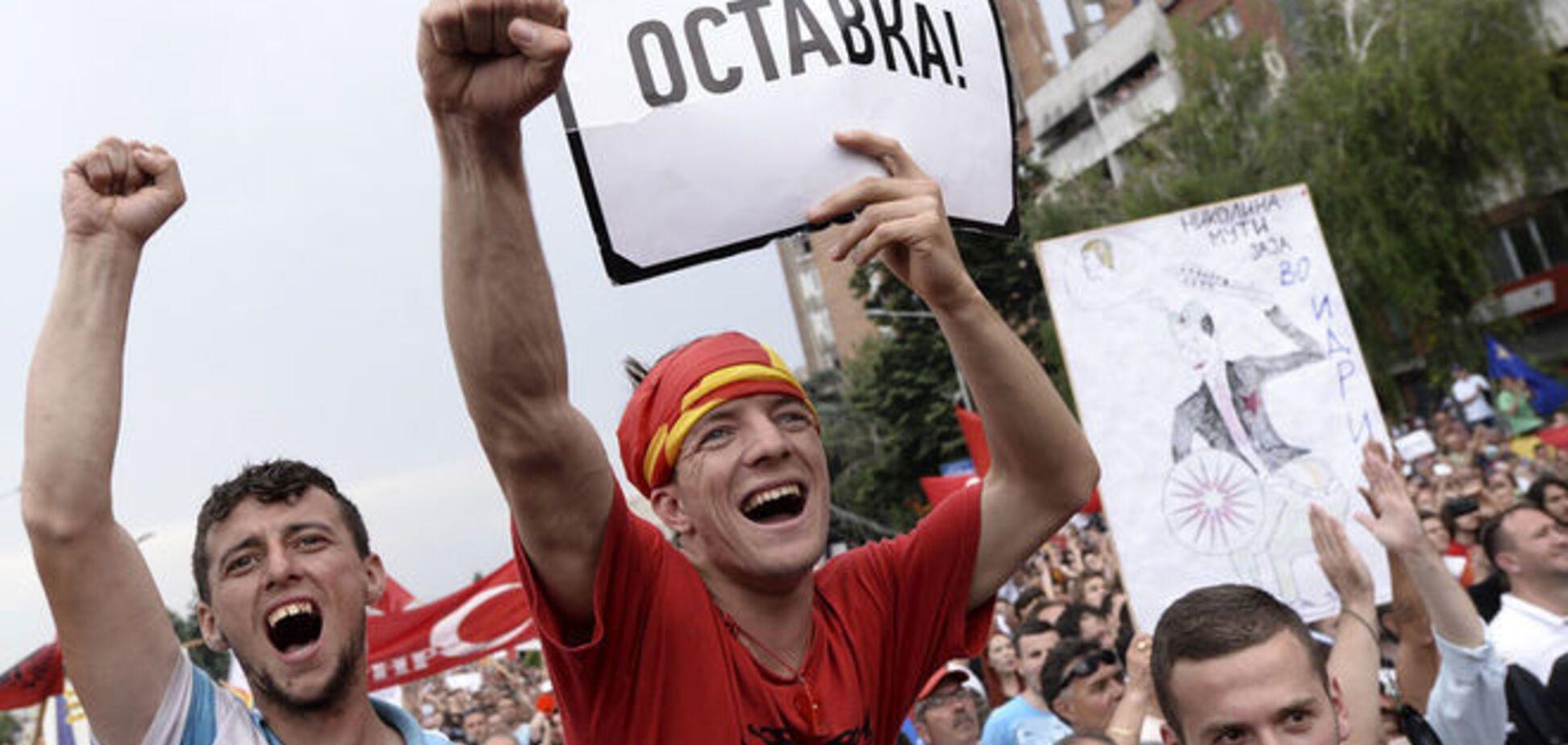 La Repubblica: Македония взбунтовалась против 'маленького Януковича'
