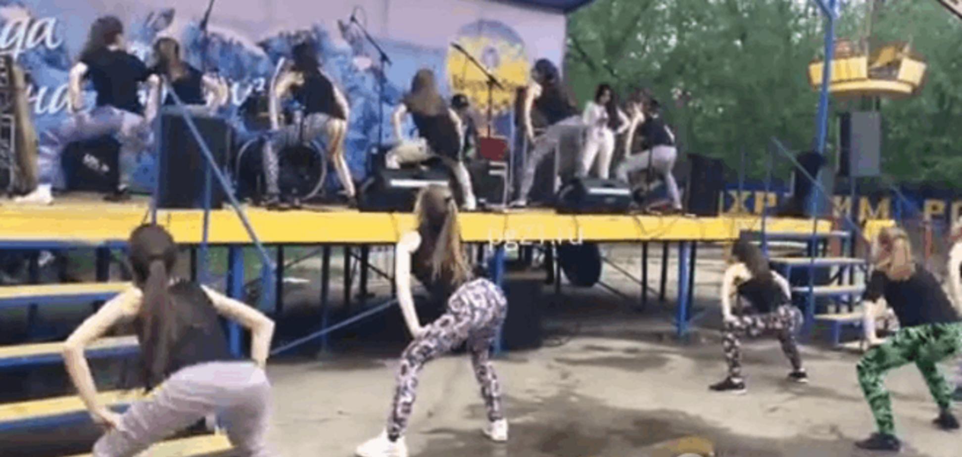 В России назревает скандал из-за 'танца пчелок'-2