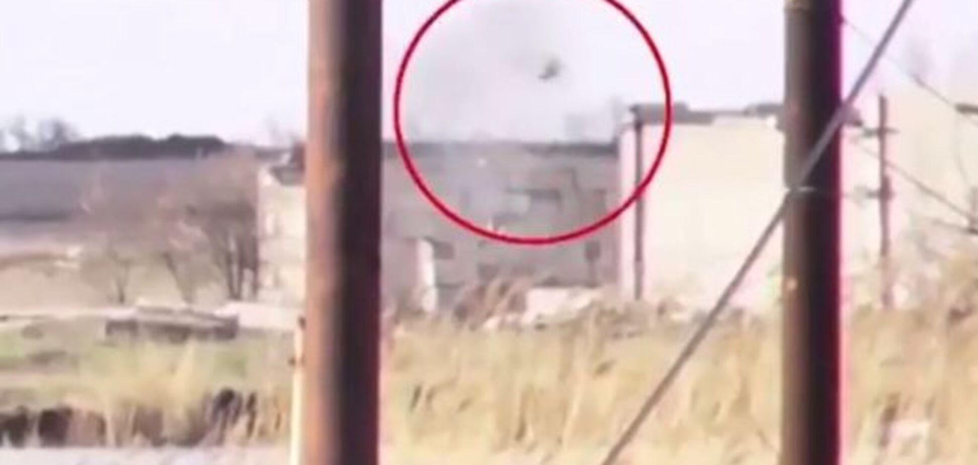 Пряме попадання! Терористи зняли на відео 'приліт' снаряда від бійців АТО