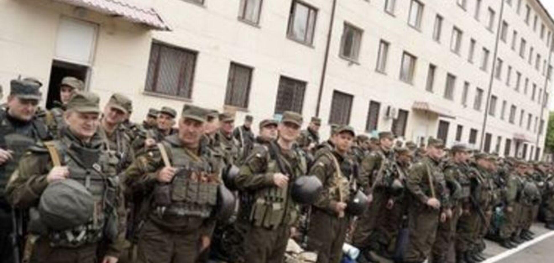 Скандал на Яворовском полигоне: бойцы ушли воевать в берцах 45-го размера