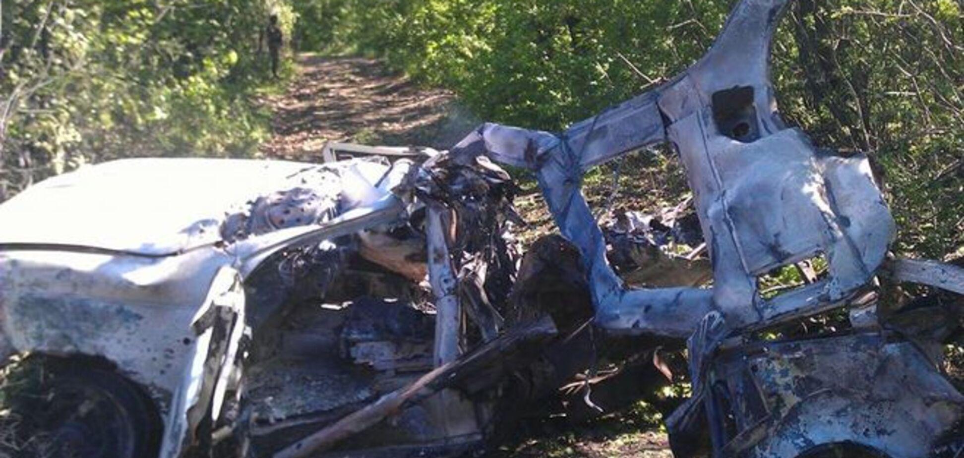 'Патриот' сил АТО подорвался на Донбассе: крышу отбросило на 70 м