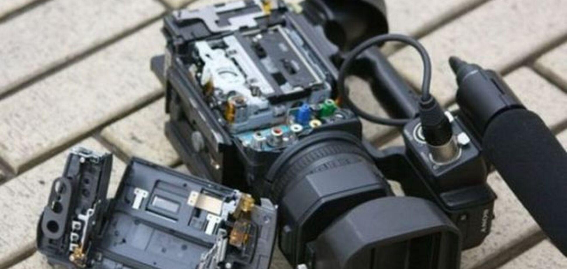 Расследование махинаций в МВД: журналистам под Одессой разбили камеру