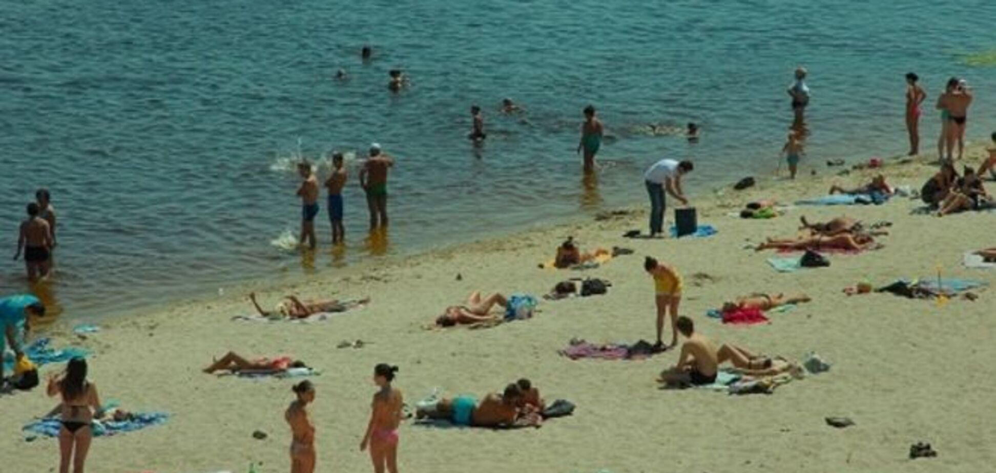 Киевляне открывают купальный сезон: готовы ли пляжи?