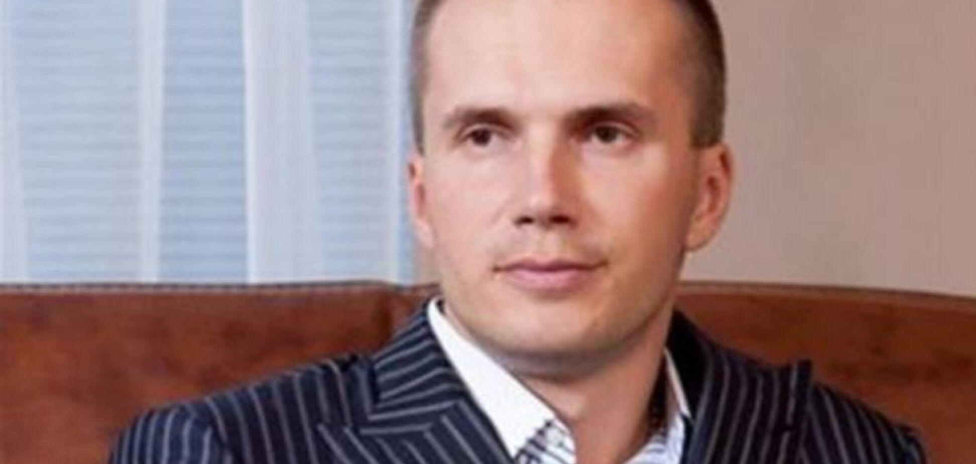 Время истекает: суд снял арест с имущества Януковича-младшего
