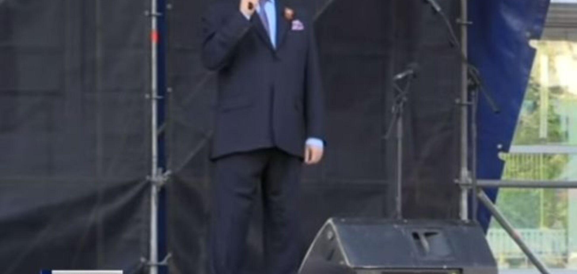 Кобзон в Луганске спел о ликвидированном террористе Мозговом