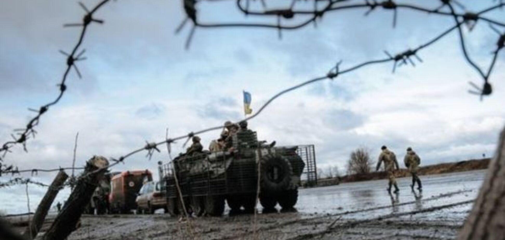 В Станице Луганской террористы заложили радиоуправляемый фугас в месте собрания людей – штаб АТО