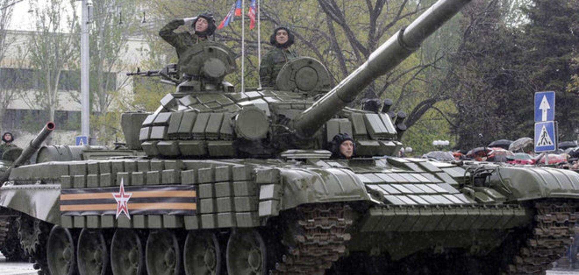 Террористы активно перебрасывают танки и подкрепления в Донецк и Луганск
