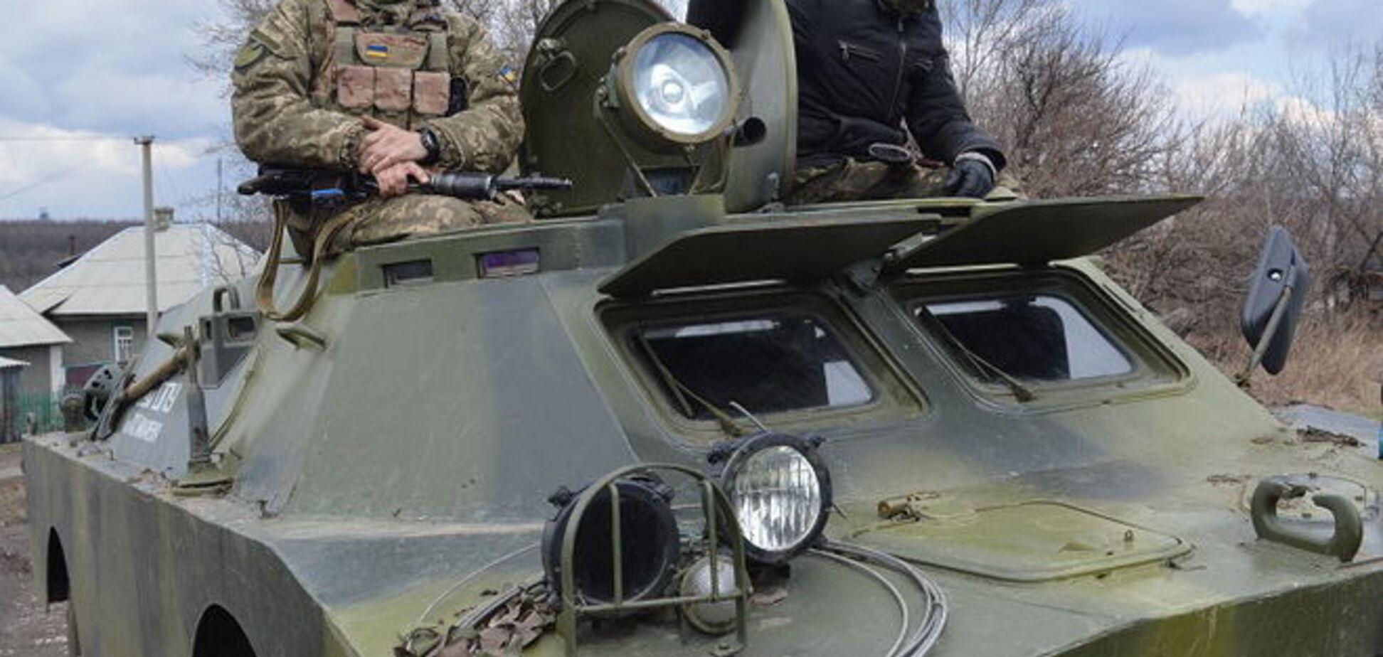На Луганщині українська БРДМ підірвалася на фугасі: двоє загинули