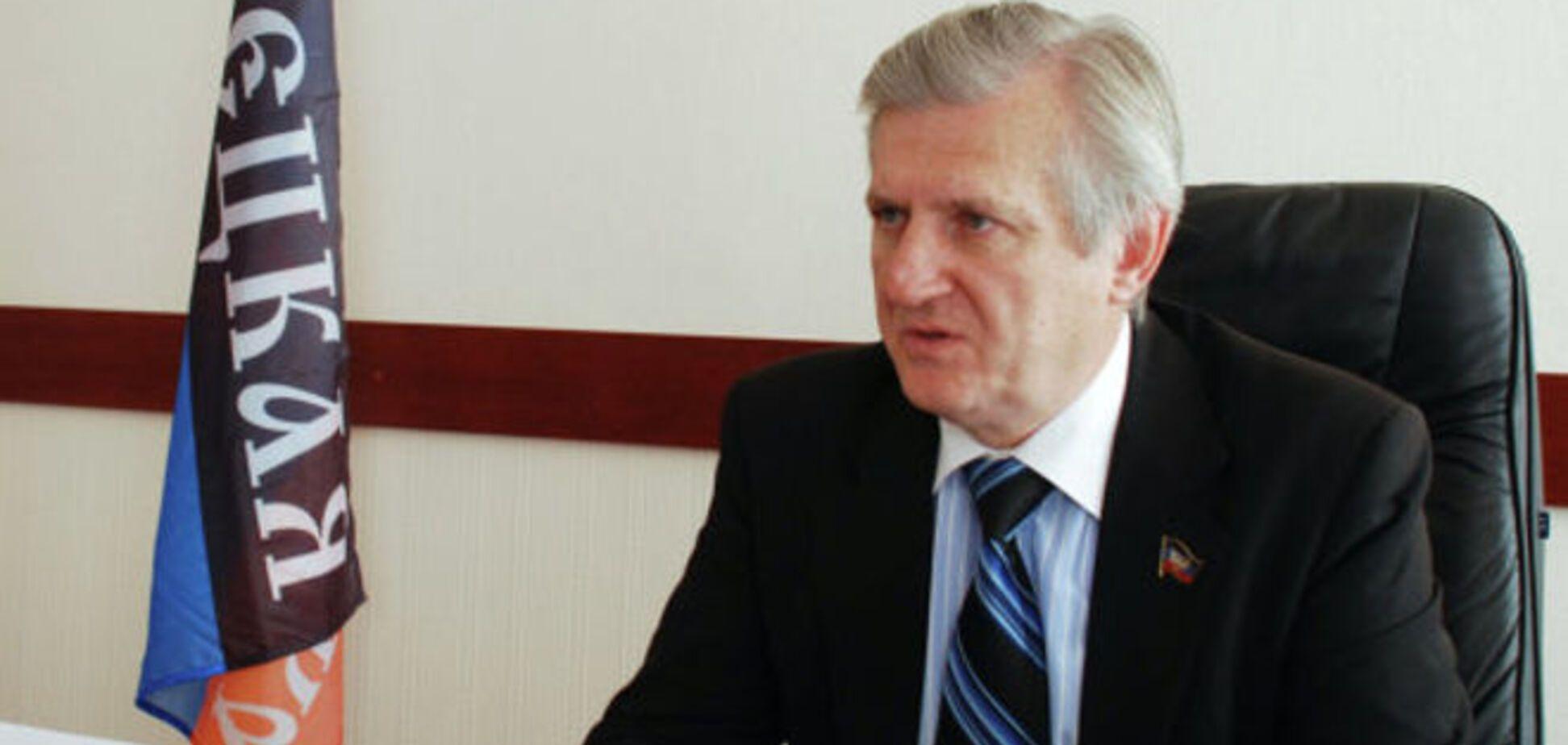 'Міністра освіти ДНР' зловили на крадіжці гуманітарки