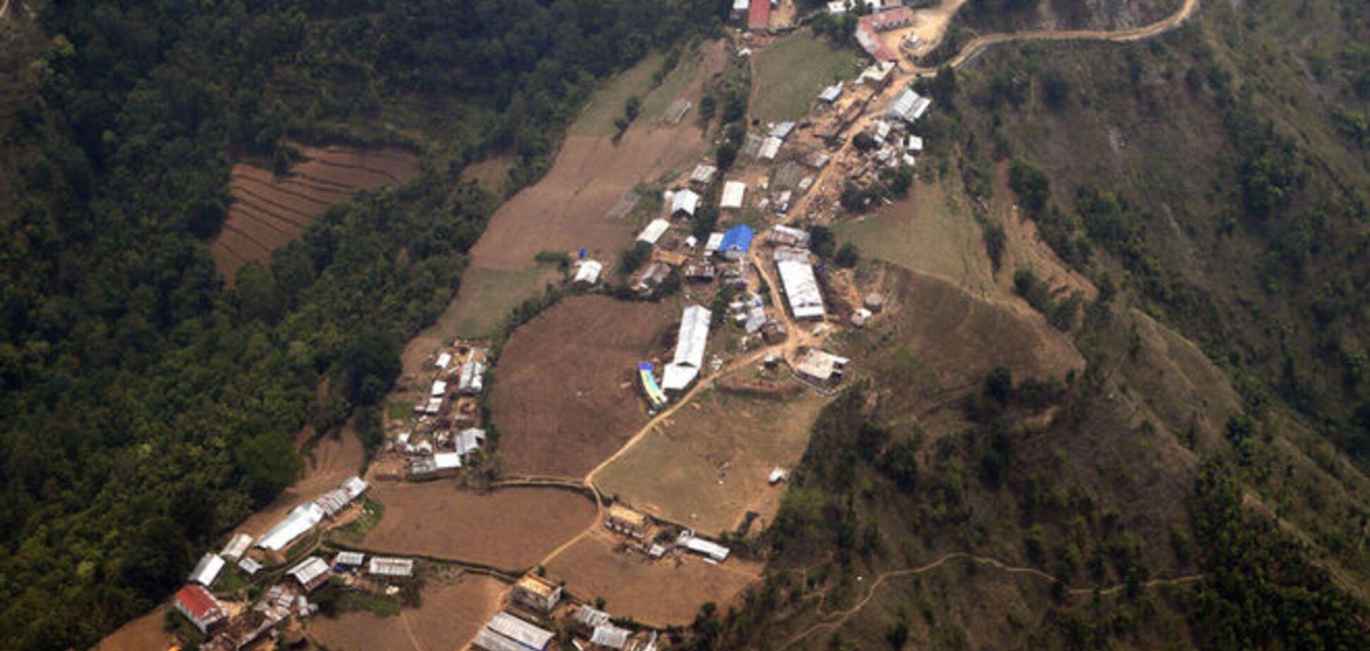 Последствия землетрясения: в Непале образовались два озера