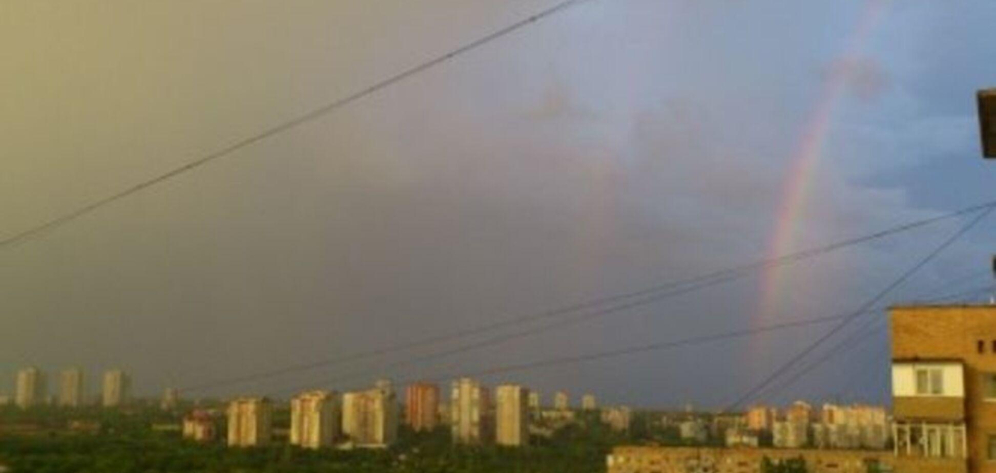Донецк опять попал под обстрел: 'разрывы жуткие!'