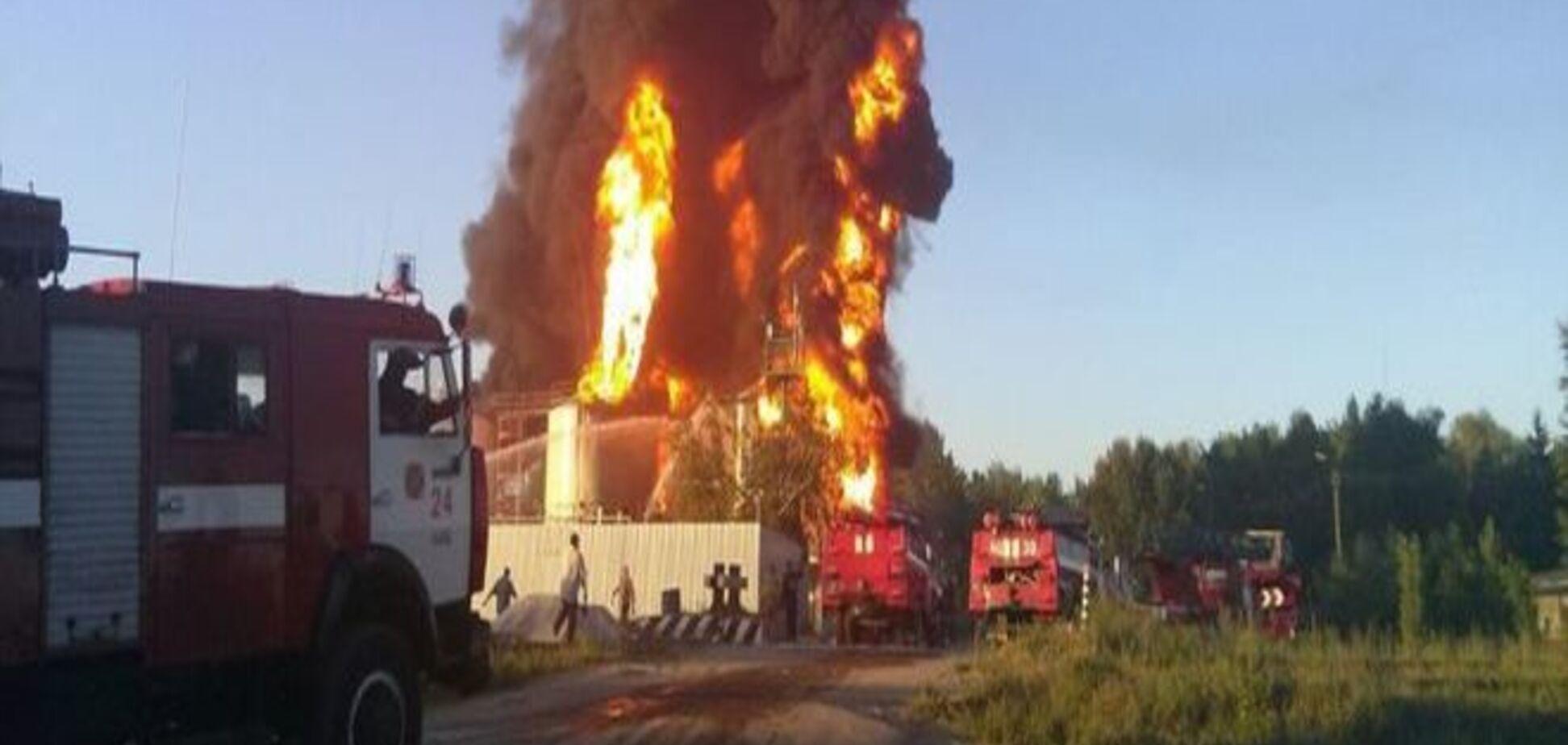 Пожар в Василькове: утром прогремел новый взрыв