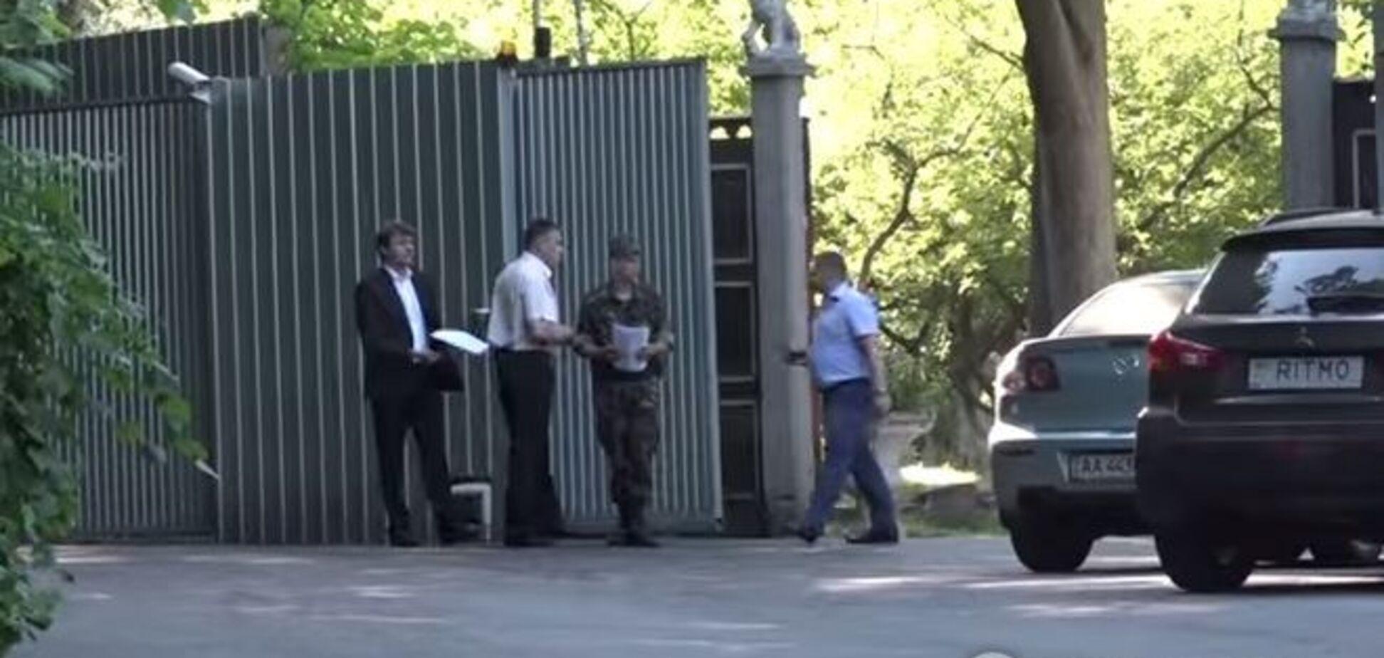 Дипломаты отметили День России в резиденции Зурабова под Киевом. Видеофакт