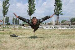 'Ах, красавчик!': У мережі обговорюють особисті фото нового глави патрульної служби Києва