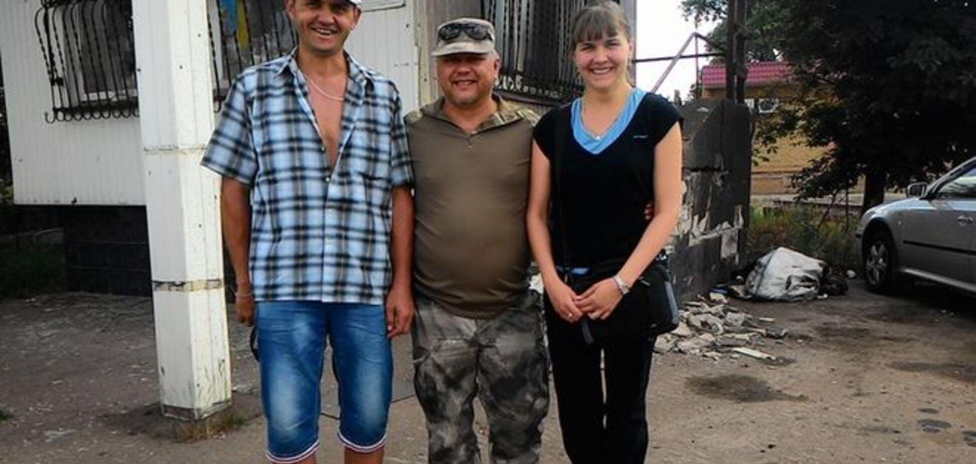 Из плена 'ДНР' освободили двоих волонтеров: фотофакт