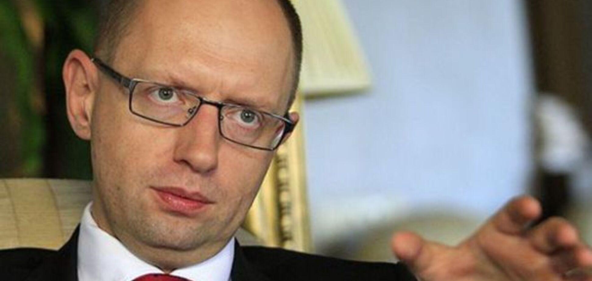 Яценюк не исключил возможность новых поджогов под Киевом