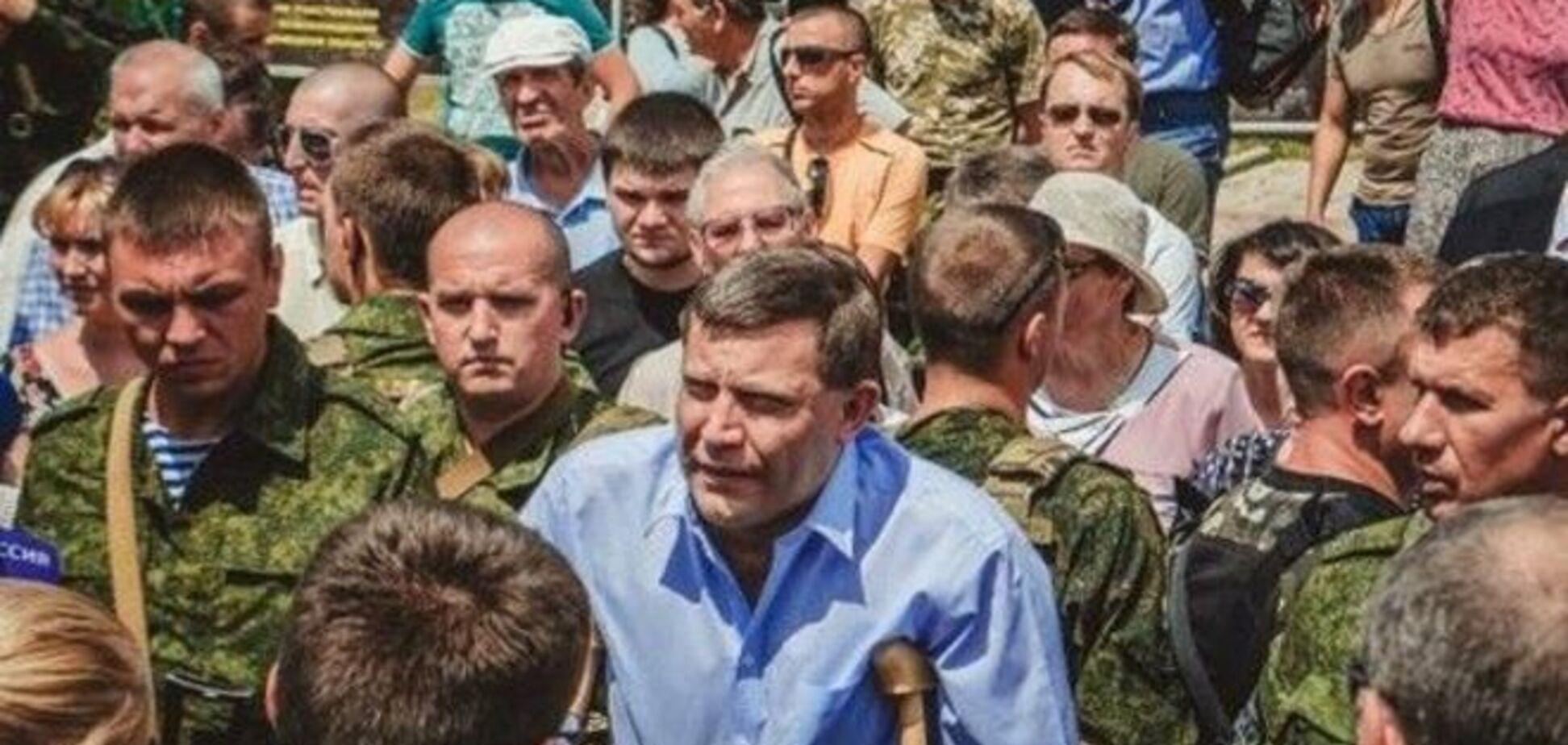 Захарченко признался, что террористы ведут артобстрелы с территории школы: видеофакт