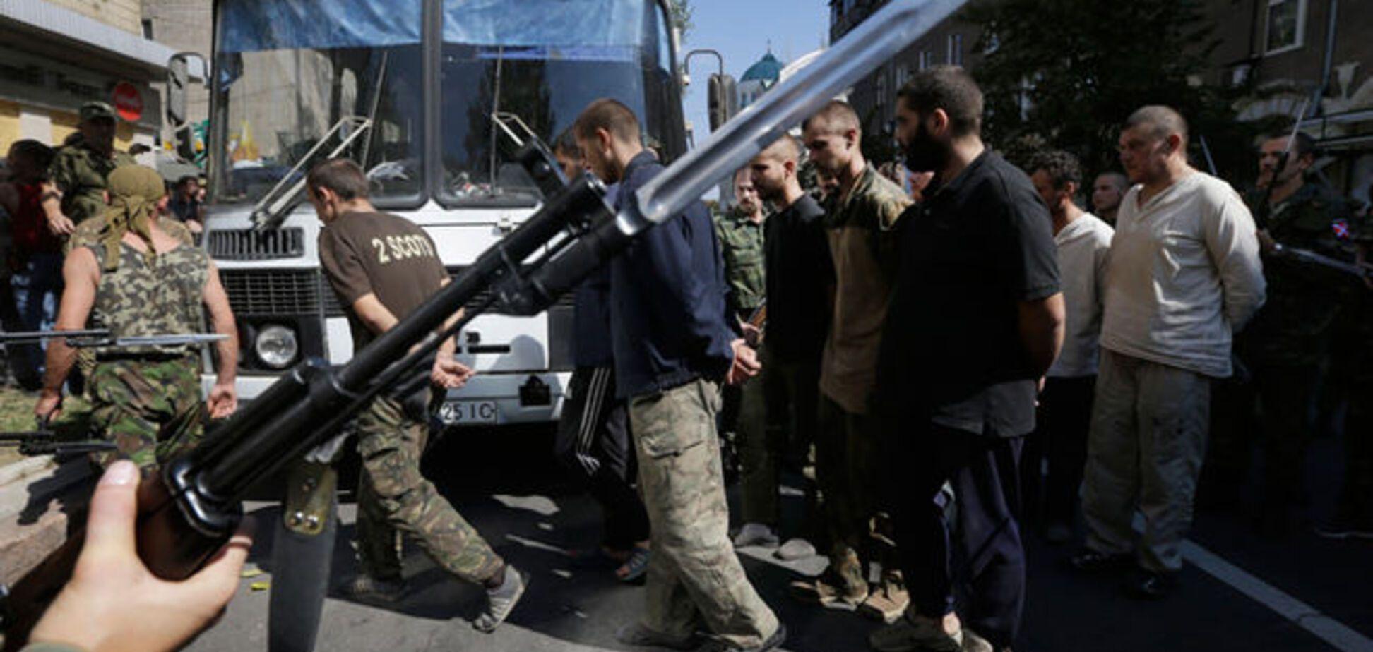 Террористы вывезли в Россию более 30 пленных бойцов АТО
