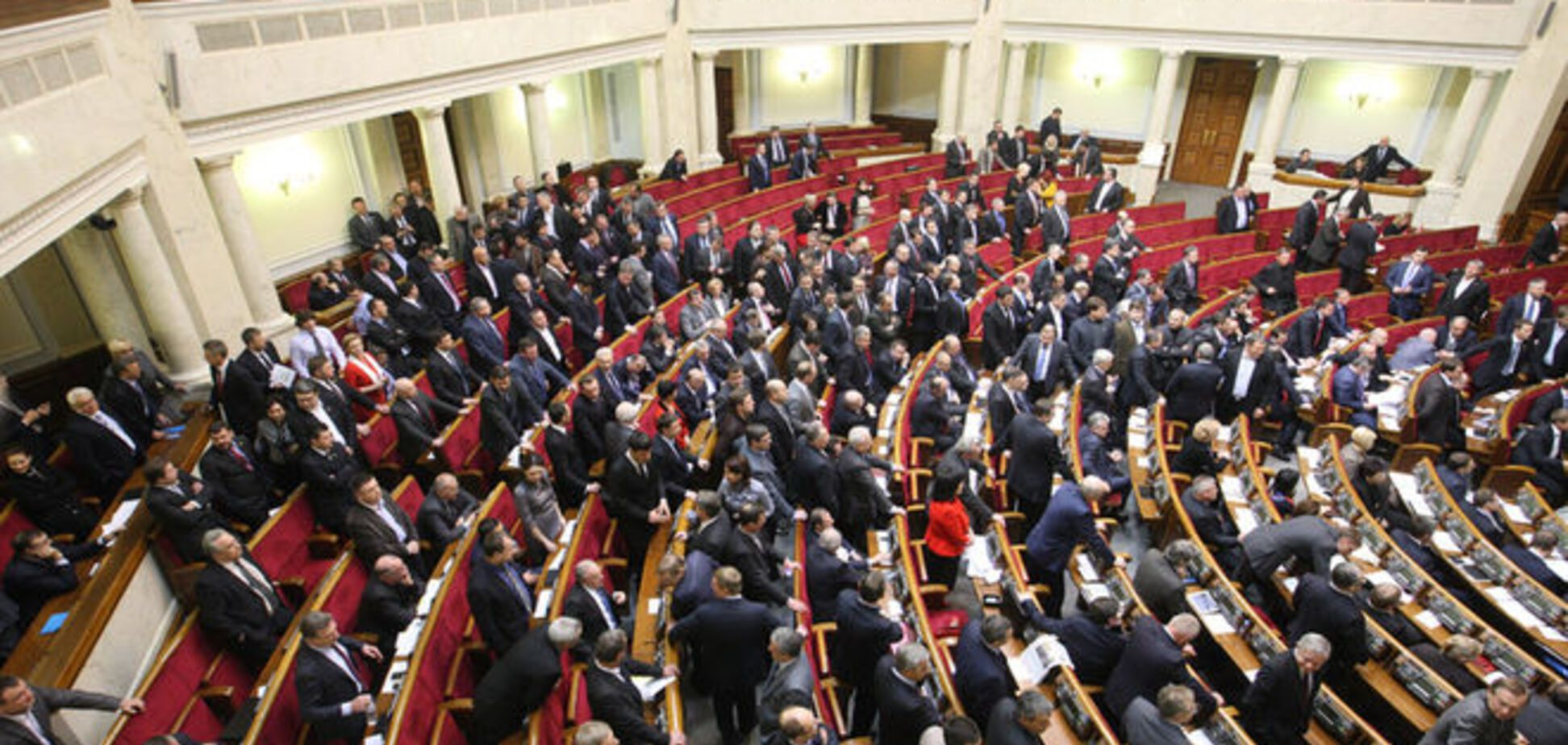 Депутаты рассказали, что Порошенко пообещал коалиции за отставку Наливайченко