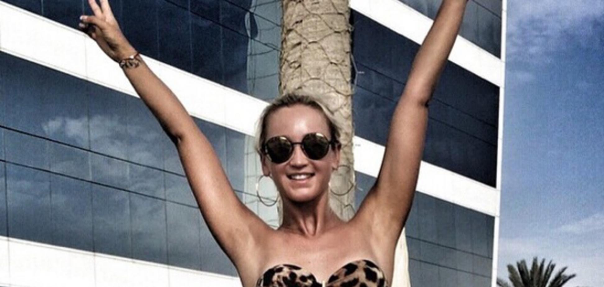 Оля Бузова разгневала поклонников Фриске своими фото в купальнике