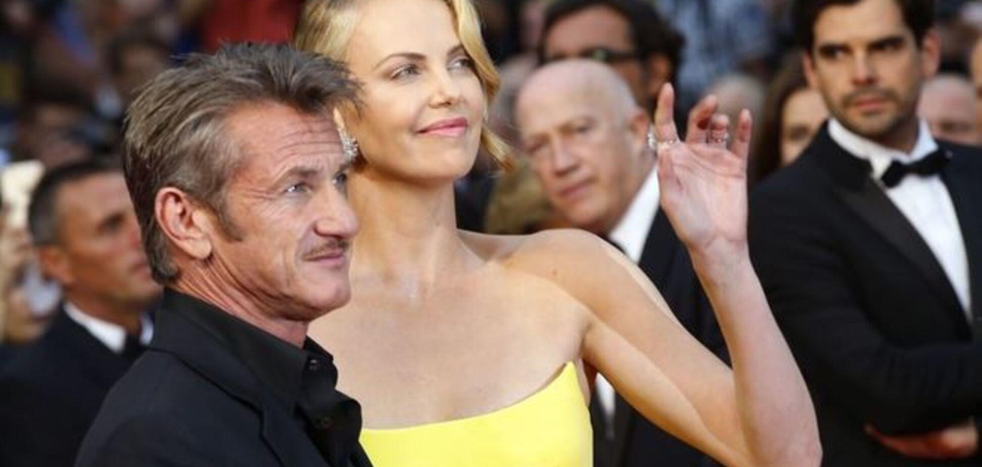 Вони сяяли від любові: кращі фото голлівудської пари Шарліз Терон і Шона Пенна