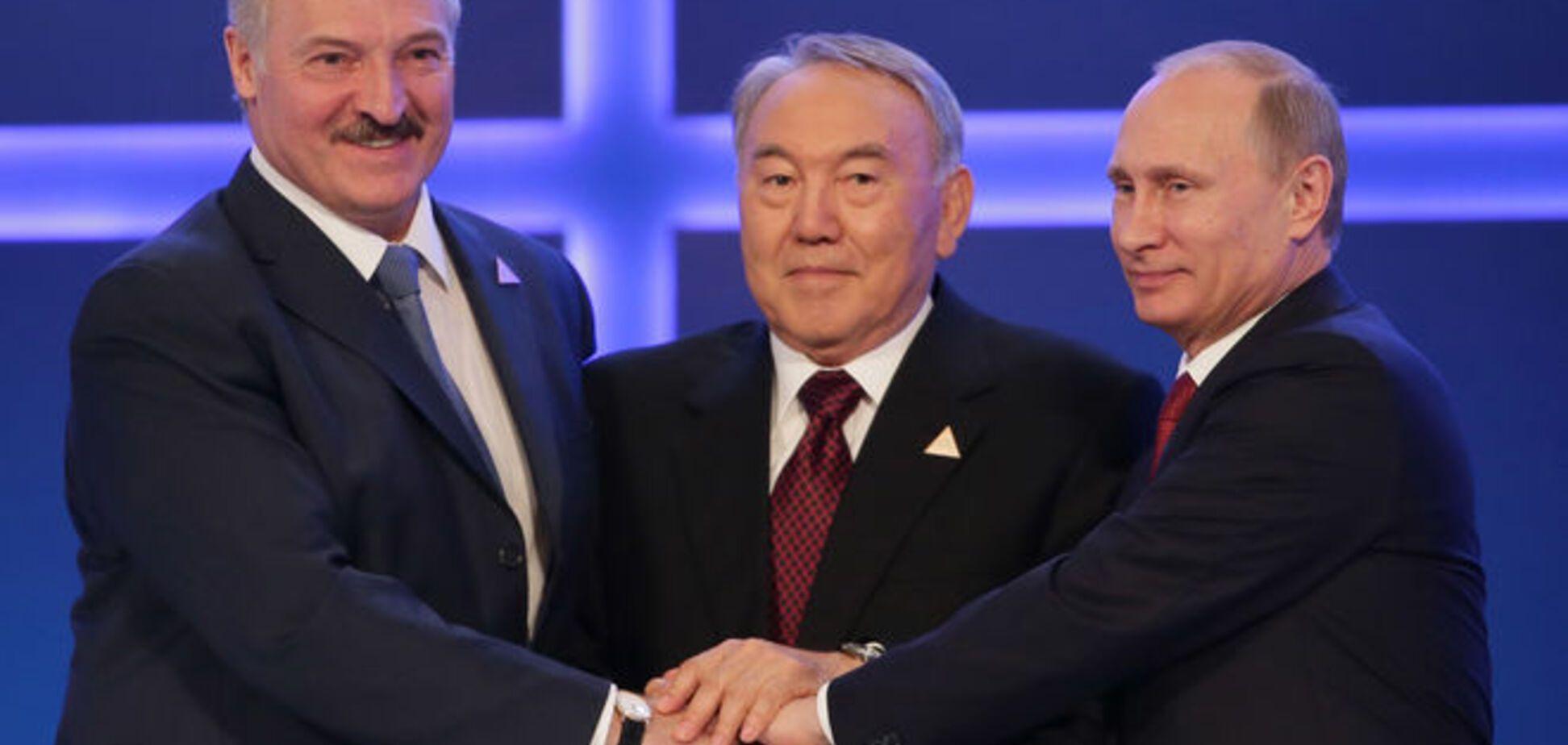 Российский политолог рассказал, как Лукашенко и Назарбаев водят Путина за нос