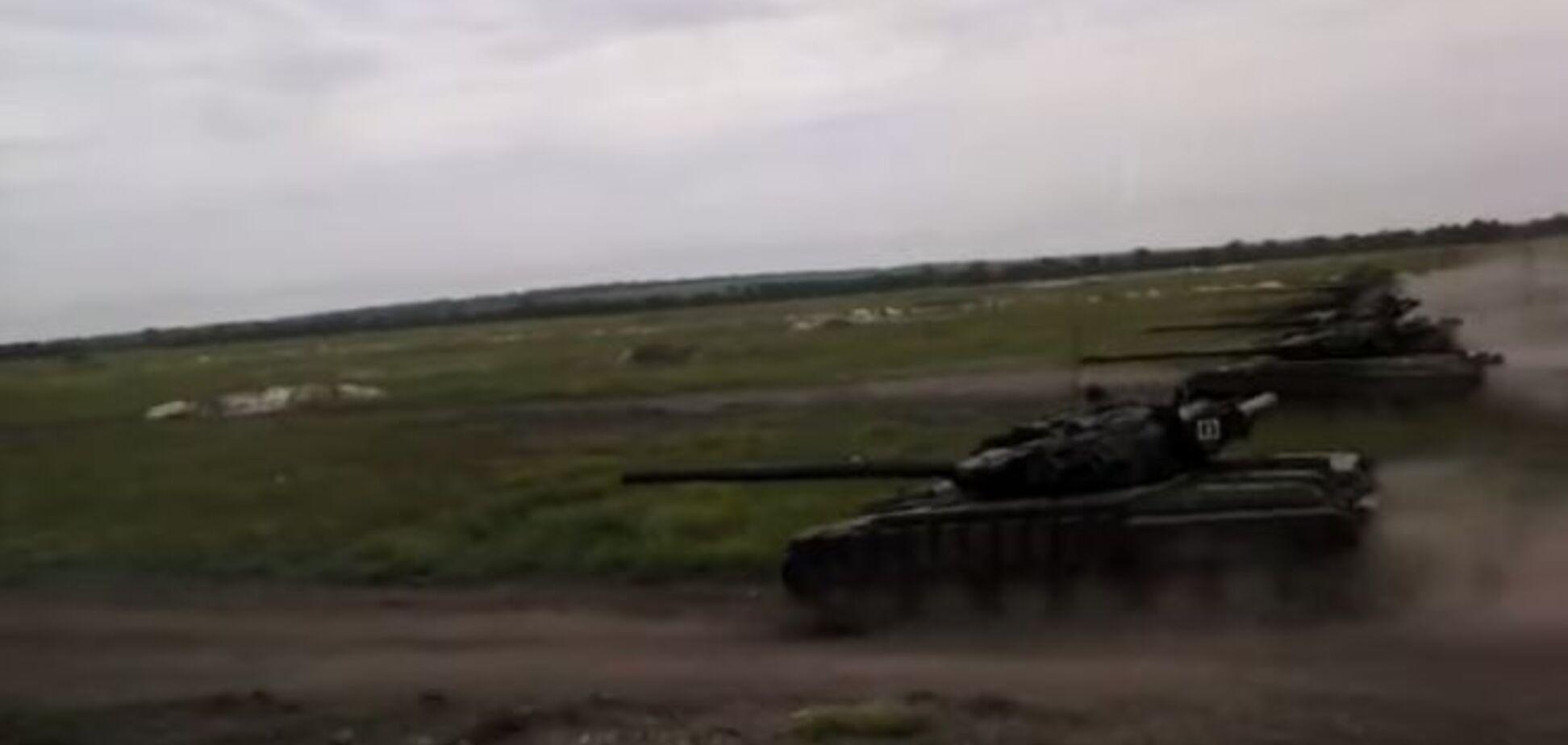 Терористи провели танкові навчання на Донбасі: відеофакт