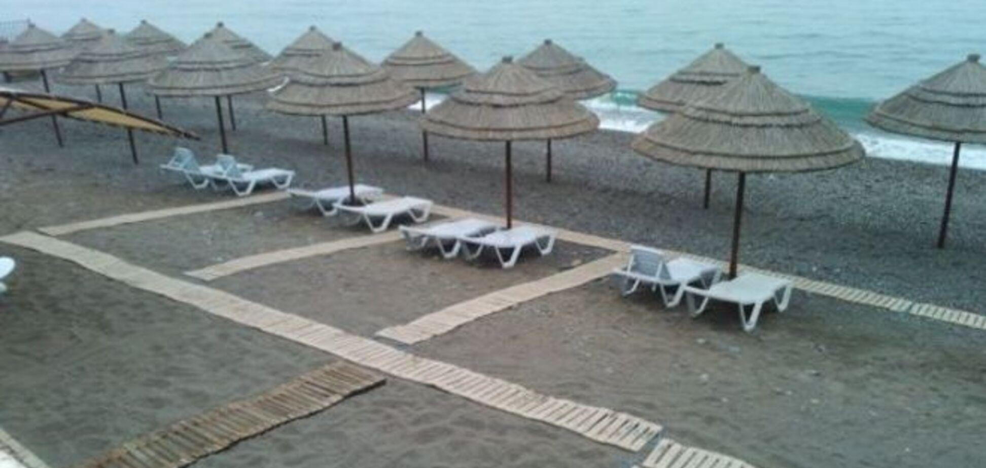 Пустые пляжи и заоблачные цены: как ждут курортного сезона в Крыму. Опубликовано видео