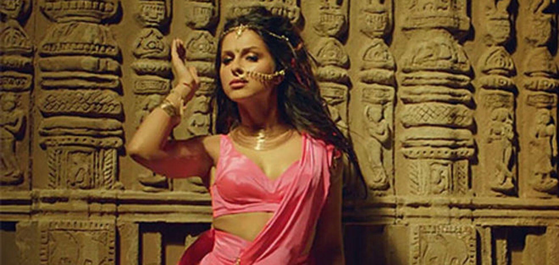 Нюша погрузилась в пьянящий мир индийских страстей