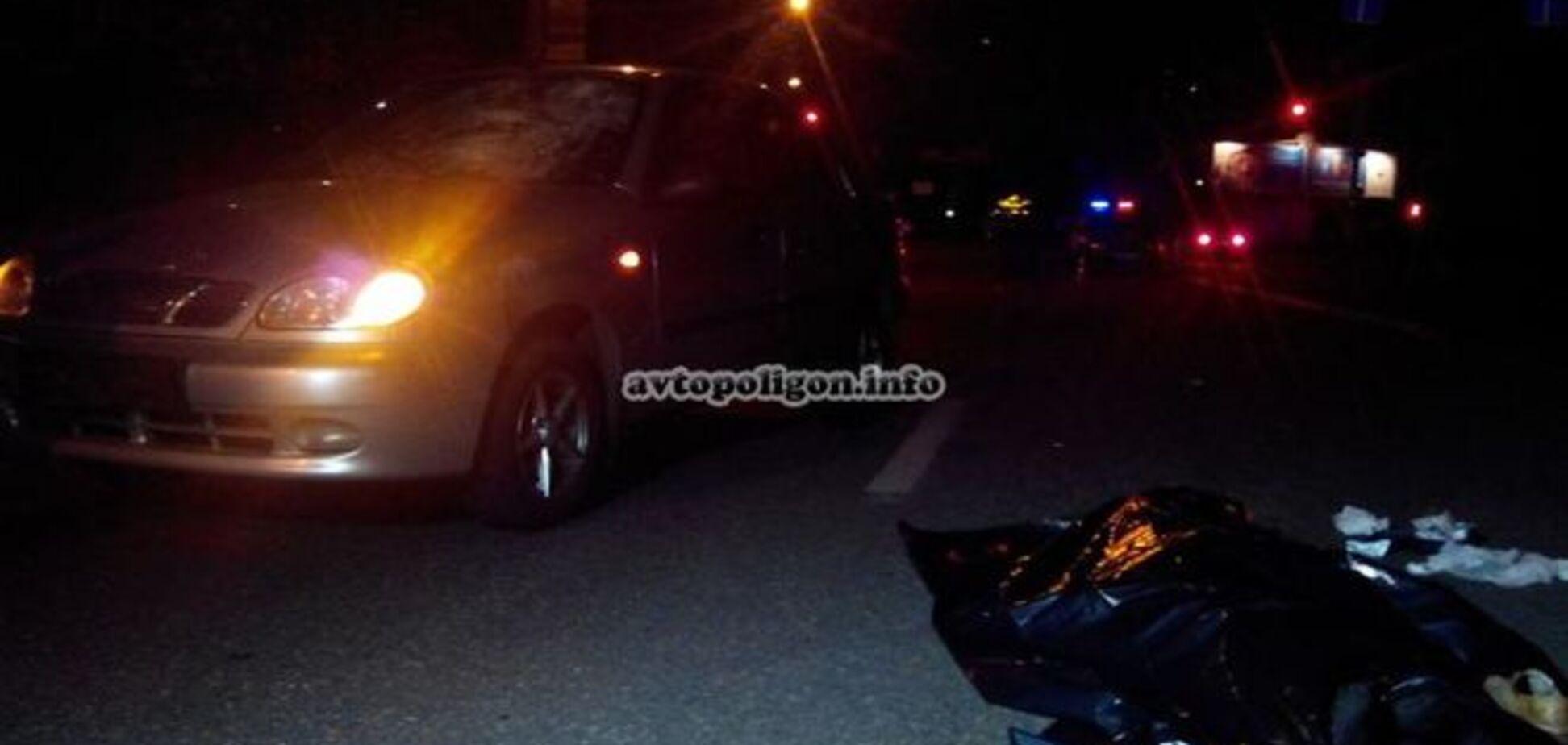 В Киеве иномарка сбила насмерть пешехода
