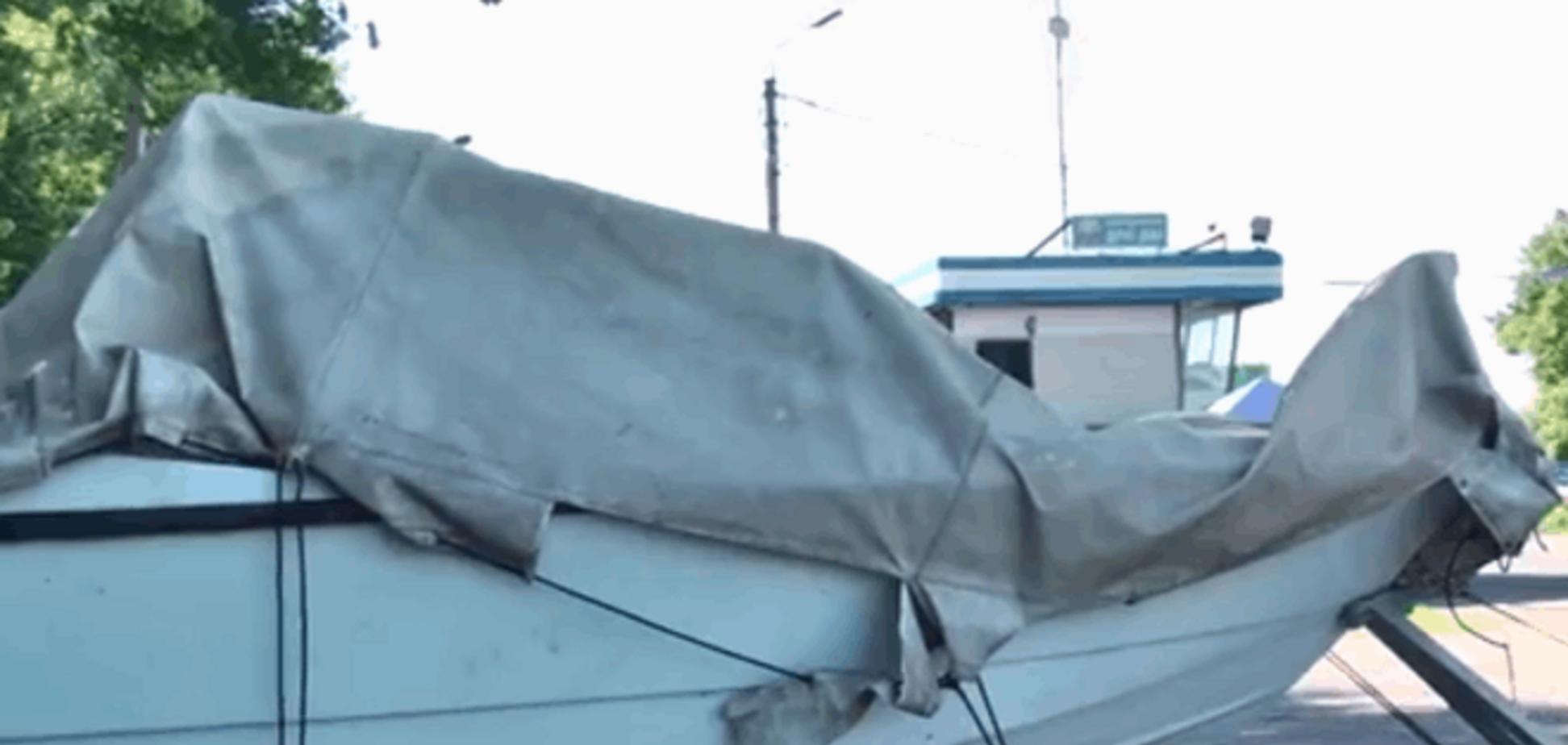Очередной скандал с 'Айдаром': в Харьков не пустили 'отжатый' у террористов катер