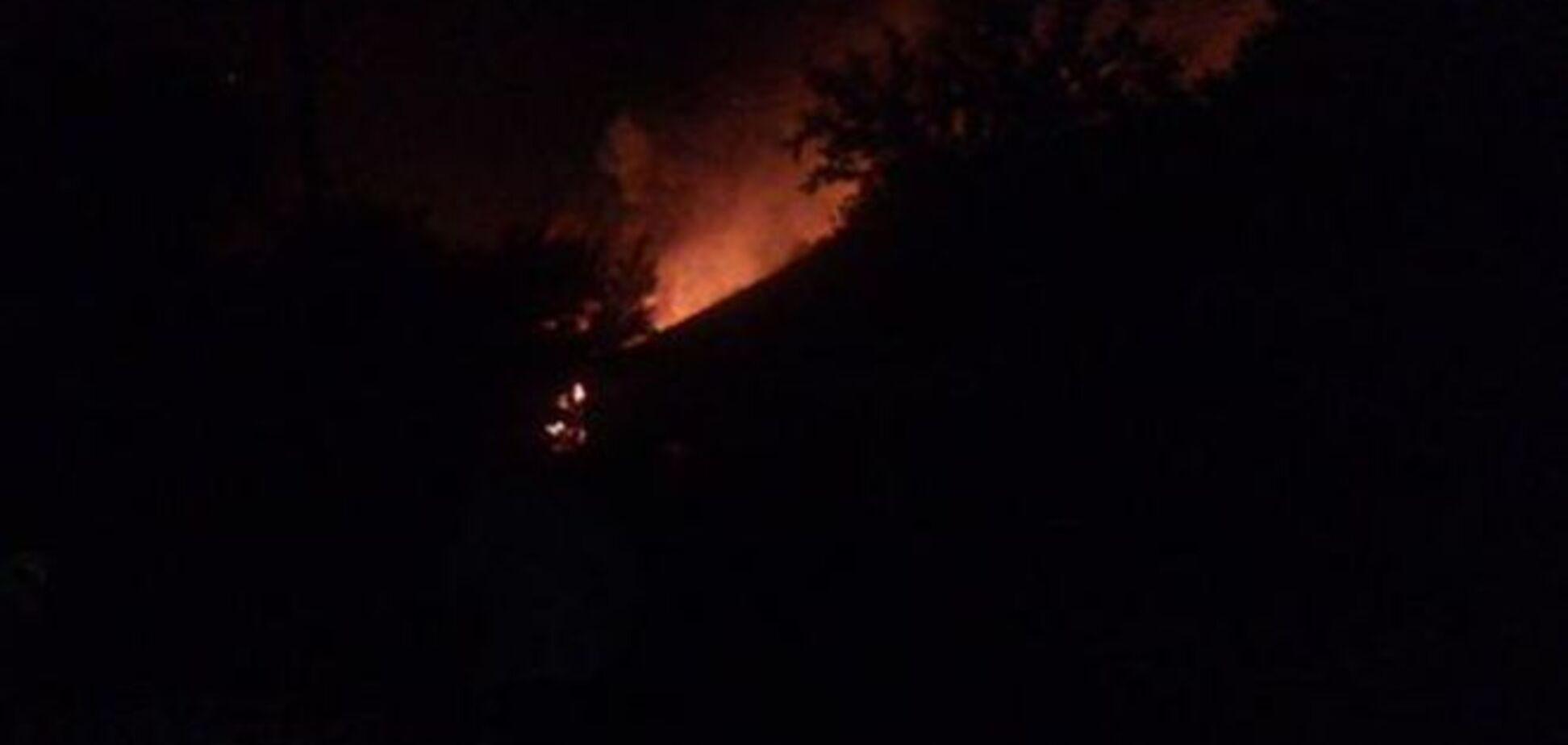 'Жаркая ночь': террористы обстреляли ночью жилые дома в Авдеевке