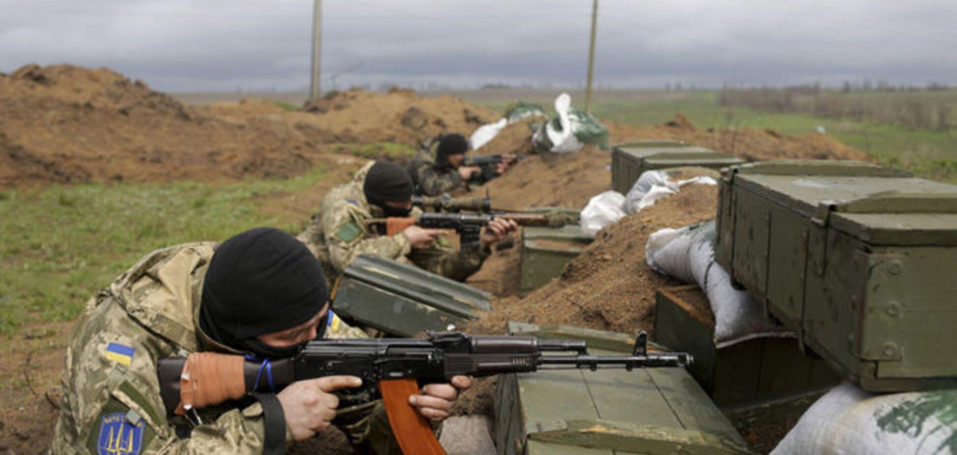 Террористы обстреляли бойцов АТО в Марьинке из гранатометов