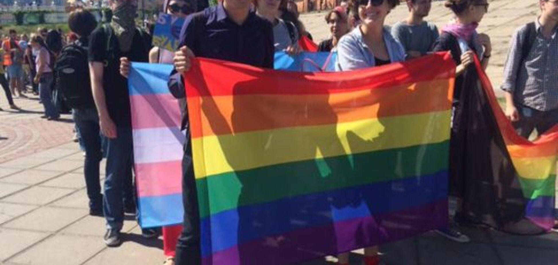 Организаторы гей-прайда объяснили его досрочное завершение