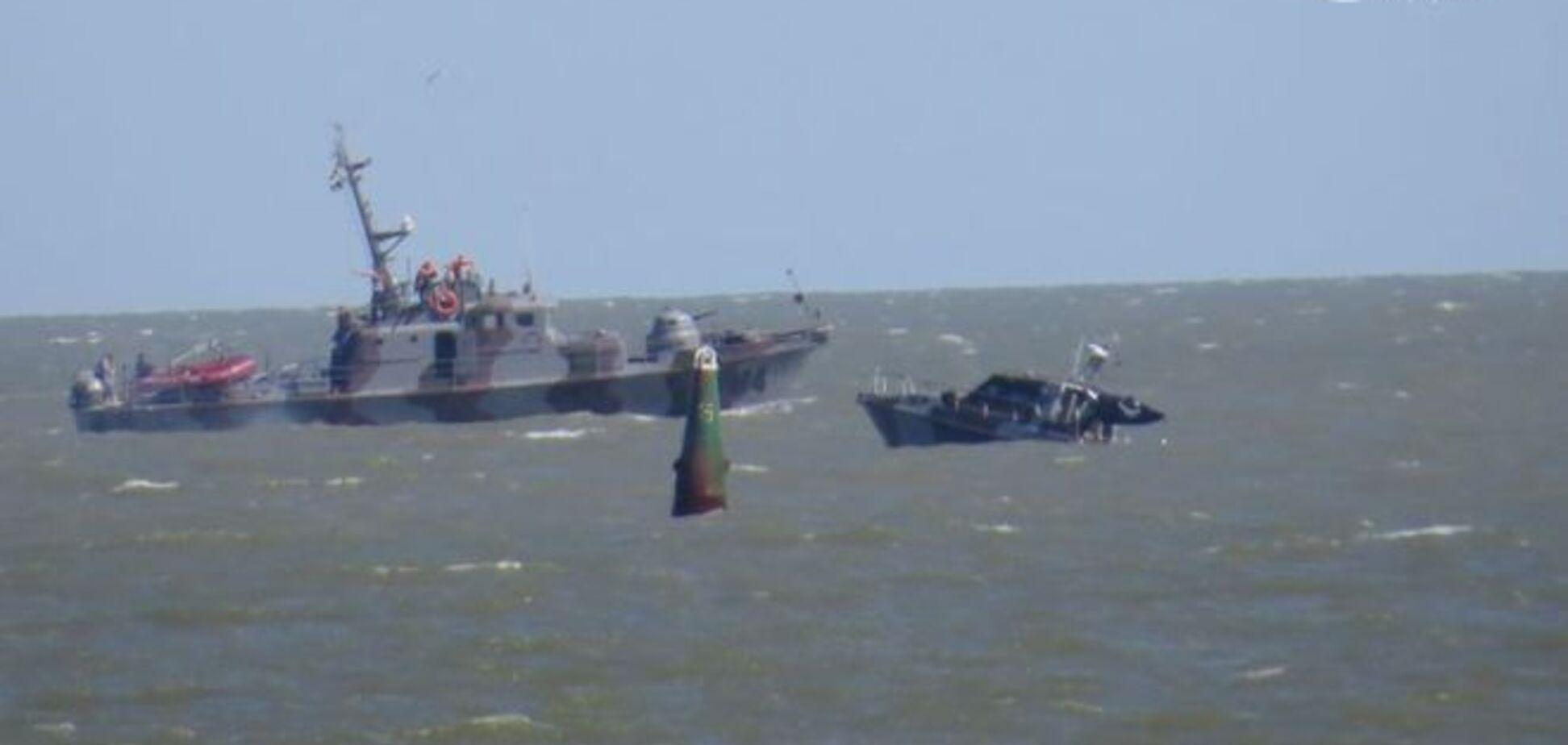 Враг не дремлет! Названа причина взрыва катера в Мариуполе