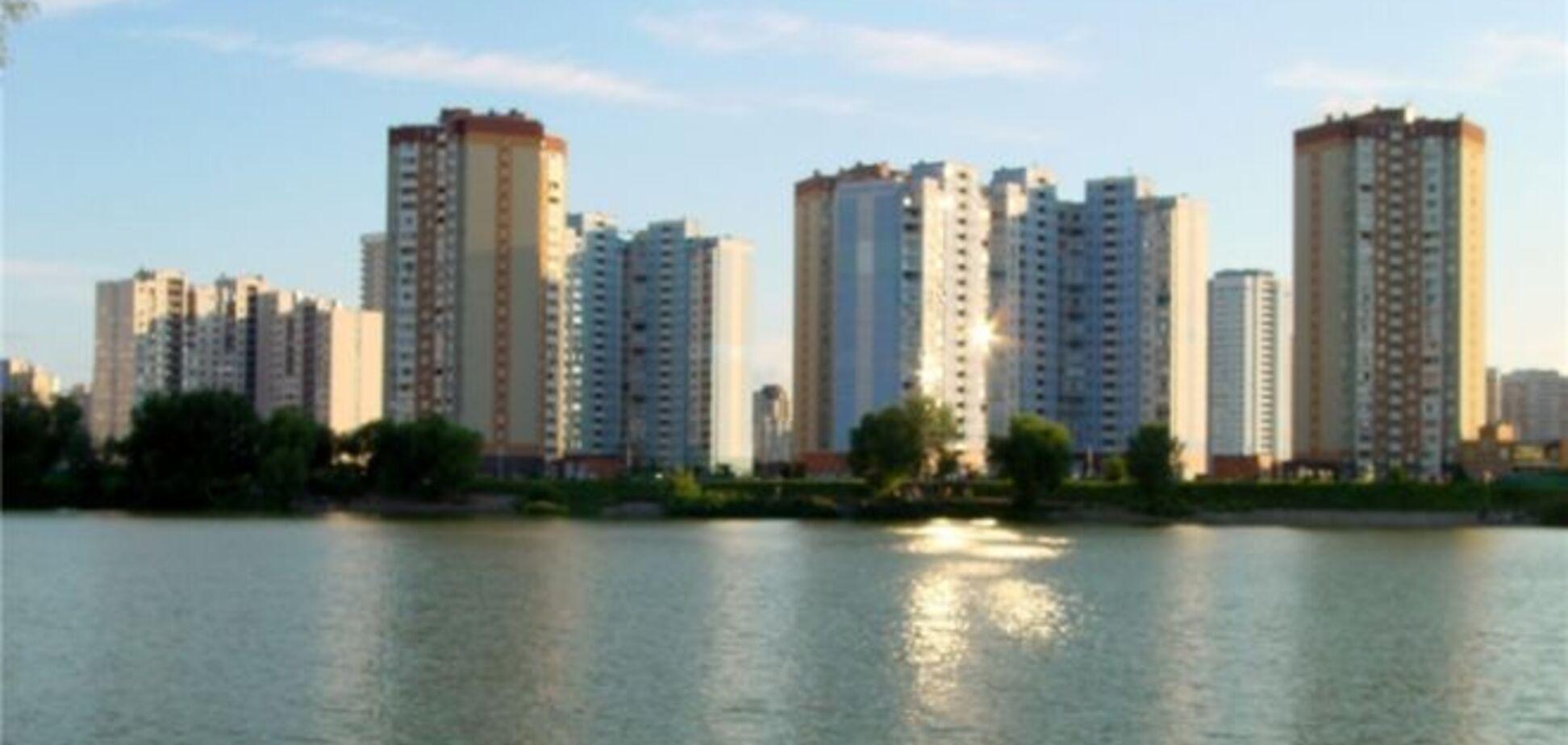 На киевском озере обнаружили труп мужчины