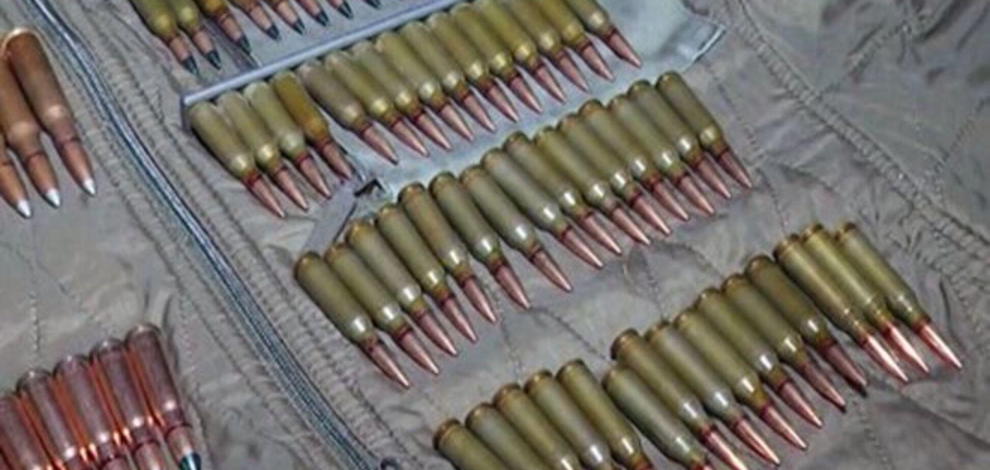 Затарились! На Киевщине бывшие военные торговали боеприпасами из зоны АТО