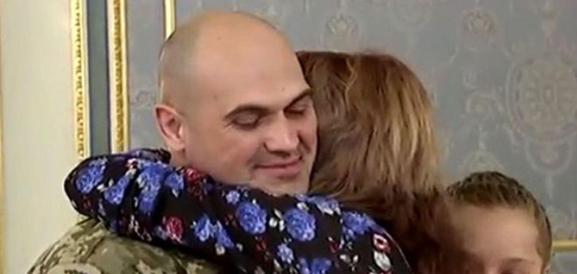 Мама комбата Кузьминых: мы передавали деньги, чтобы Олежку меньше били