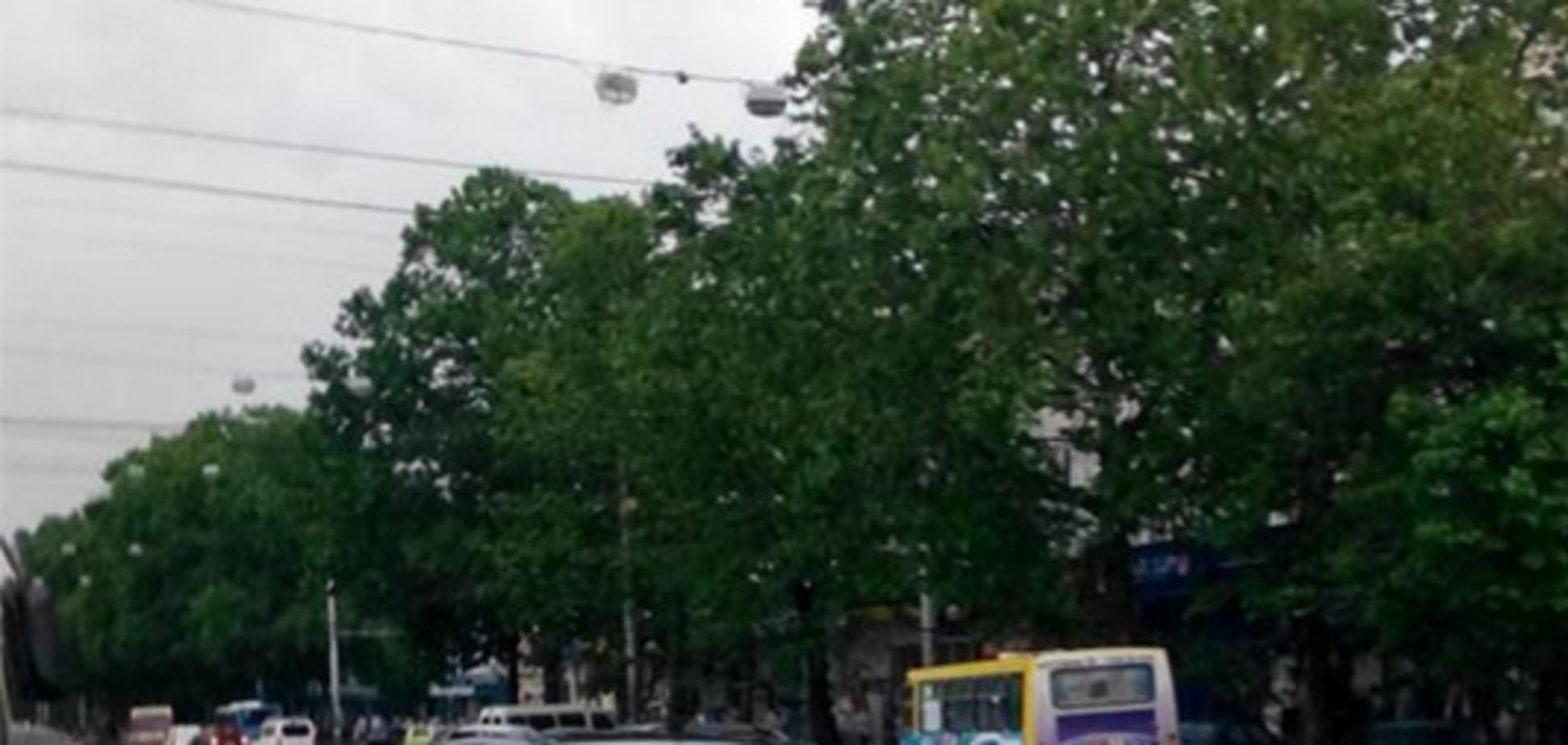 Симферополь захлебнулся в ливневых потоках из-за 'авральной' работы оккупантов: опубликованы фото и видео